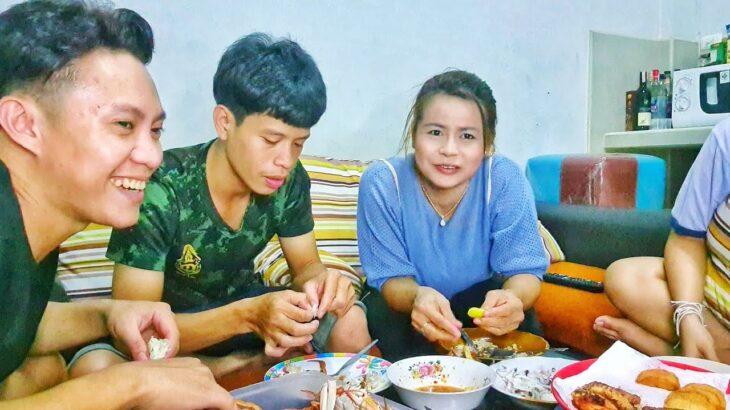 Duy Ăn Cơm Cùng Gia Đình Mẹ Vợ Tương Lai Và Trốn Trong Nhà Vì Dịch Covid Bùng Phát